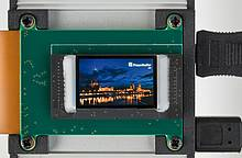 Fraunhofer FEP: Lightweight, compact VR glasses made possible by large-area microdisplays