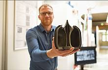 TU Dresden und Fraunhofer IWS: Additively manufactured rocket engine features an aerospike nozzle for microlaunchers
