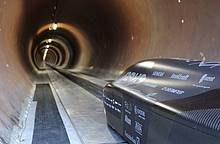 """Infineon: Speed record for TU Munich - """"WARR Hyperloop"""" reaches 290 mph (467 km/h) with Infineon chips"""