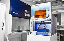 Fraunhofer IWS: µRevolution – worldwide most compact system for surface structuring