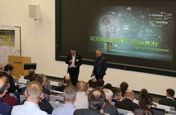 Science meets Industry: Research institutes and high-tech companies get in touch with each other in Freiberg