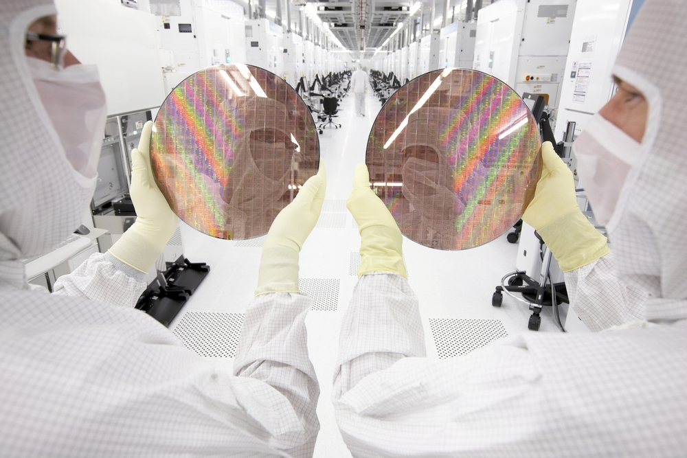 Chip production at Globalfoundries in Dresden.