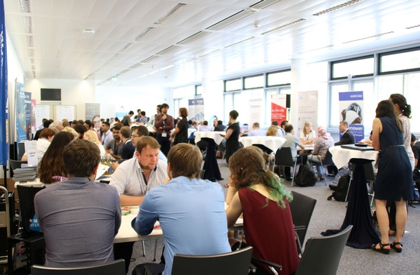 A record number of students and graduates of German universities during the speed dating with ICT companies.